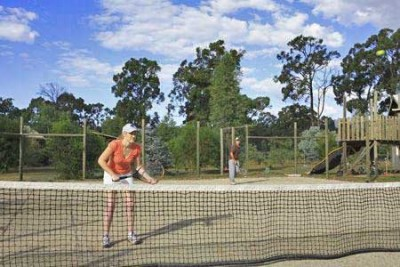 lovedale cottages tennis